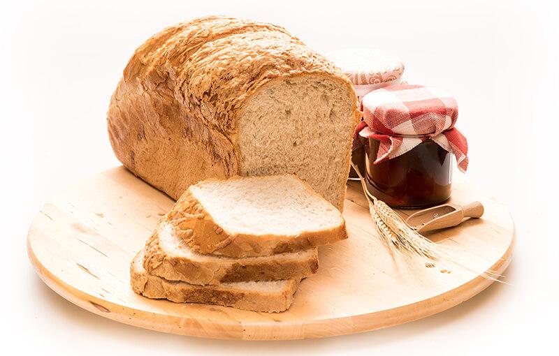 Sajttal szórt kenyér 750g vastagra szeletelt, csomagolt